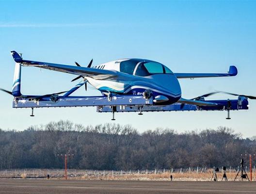 boeing-flying-prototype-taxi